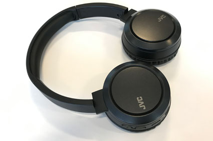Swivel design headphones